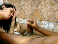 Horny Shemale Gets Fucked