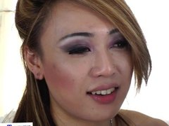 Shemale amateur facializes busty babe