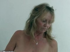 Granny with big tits wears pantyhos dates25co