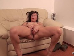 Amateur mature milf and her toy dates25com