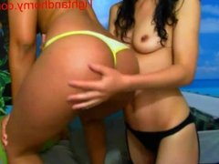 Sexy girls playing on webcam - tightandhorny