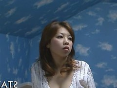 Wet and lusty Asian deepthroating