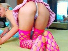 Blondyasianx webcam strip 025