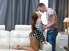 Sexy Hausfrau sex in public