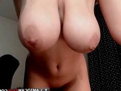 Lana Ivans teases shaved little pussy on cams