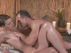 Masseur fuck beautiful short haired babe