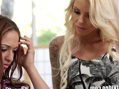 Sweetheart Sara Luvv Scissoring MILF