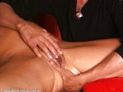 Learn from the tantric squirt master