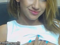 Amazing Hot Babe Ana Dildoing Cam Show!