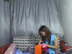Asian strip on www-cams4sex-net