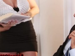 Teasing bigtitted officebabe blows colleague