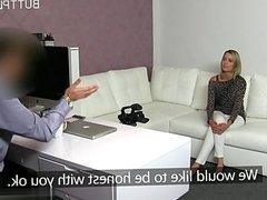 Matura italiana cum in pussy
