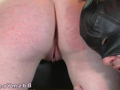 Blindfolded sub pussy vibed by master