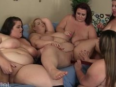 5 fat girls get it on