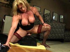 Wanda Moore 03 - Female Bodybuilder