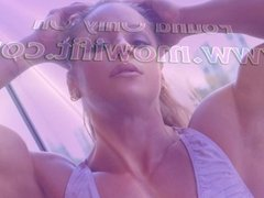 Monica Mowi 01 - Female Bodybuilder