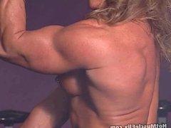 Gayle Moher 03 - Female Bodybuilder