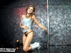 Horny Latin Blonde In To The Club And Fuck
