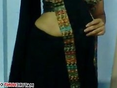 Indian Aunty Flashes And Dresses