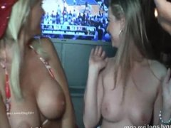 Vicky Vette & Sunny Lane Ultimate Sports BJ!