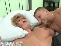 Hot Blonde Single Mom Sucked A Big Dick And g