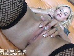 Sophie Lynn - Pretty Blonde Sucked A Cock