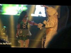 Doll has live show with bunny