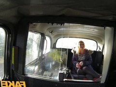 FakeTaxi British blonde gives taxi driver BJ
