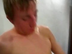 YOUNG FUCKING , tanned bottom boy gets bb fuc