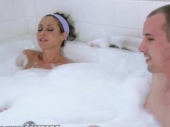 Brazzers - Eva notty has some fun in the tub