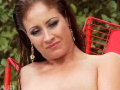 Brunette with big boobs, Eva Notty, takes