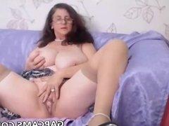 Big booty granny masturbate