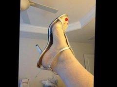 mature sexy feet