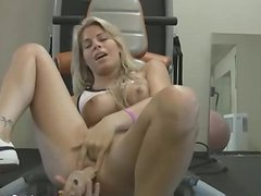 Naughty Sarah toying asshole in gym