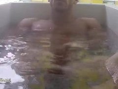 JOHNNY SINZ UNDERWATER JIZM !!!!!