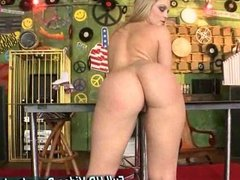 Alexis Texas Booty Licious Showing her big
