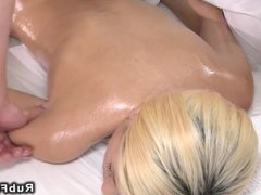 Blonde babe enjoying in pussy and ass massage