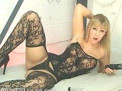 Kate Santoro fucking herself in hot stockings