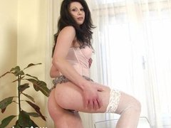 Teen toying pussy