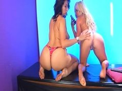 Sophie Hart & Paige Turnah getting it on G/G