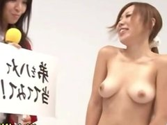 Asian babe tests dicks with both lips