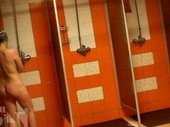 women in shower 1173