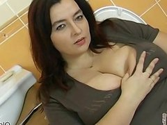 Busty fat woman goes crazy sucking