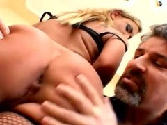 Sarah James Gets Double Penetrated