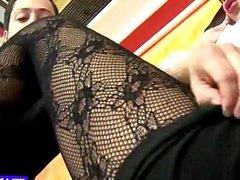 stocking fetish tranny gives blowjob