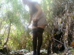 pissing in nature 8822