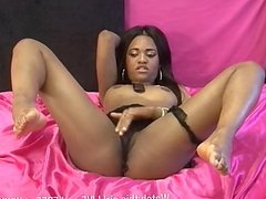Hot new RampantTV babe, Kartel's first show.