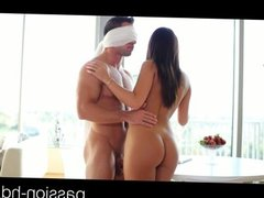 Passion-HD Brunette teen blindfolds her guy