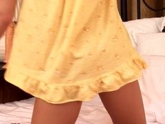 Foxy blondie Peris plays with her massive
