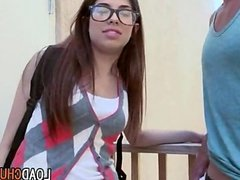 SchoolGirl Gives BigDick Blowjob In Public